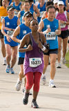 Kenyan woman at the Singapore Marathon 2008 Royalty Free Stock Photos