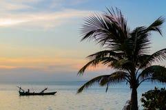 Kep日落,柬埔寨 免版税库存照片