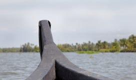 Kerala-Stauwasser, die Land ahoi Indien segeln lizenzfreie stockfotografie