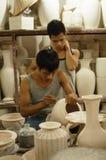 Keramikmålning i slagträet Trang, Vietnam Arkivfoton