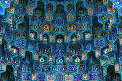 Keramische Majolika auf dem Eingang der Moschee Stockfoto