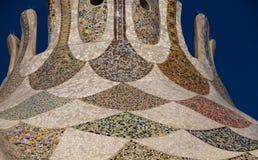 Keramische Mosaiken der bunten Dachspitze Stockbilder