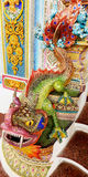 Keramische Statue des Drachen an Wat Pariwat-Tempel in Bangkok, Thailand Lizenzfreie Stockbilder