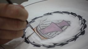 Keramische tegel het schilderen stock footage