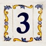 Keramische tegel, nummer 3 stock afbeelding