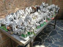 Keramische Tierpuppen für die Anbetung stockfotografie