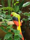 Keramischer Papagei Stockbild