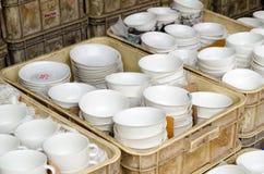 keramisches Geschirr bei Jatujak verkaufend, weekend Markt, thailändisches Bangkok Lizenzfreie Stockfotografie