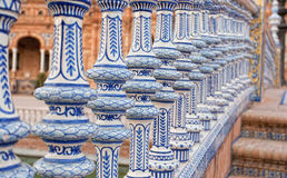 Keramisk bro i Plaza de Espana i Seville Arkivbilder