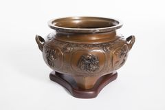 Keramisk vas för gammalt porslin arkivbilder