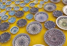 Keramiska dekorerade bunkar Royaltyfri Fotografi