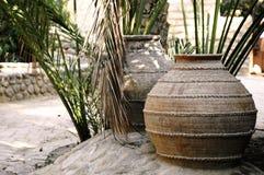 keramiska krukar för ain al Arkivfoton