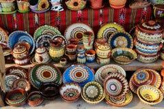 Keramiska krukor och koppar Arkivbild