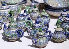 Keramiska tekannor, Uzbekistan Arkivfoton