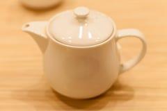 Keramiskt fotografi för tekannaobjekt; teatime för sunt Royaltyfri Foto