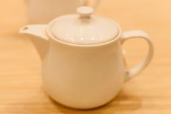 Keramiskt fotografi för tekannaobjekt; teatime för sunt Arkivbilder