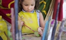 Keramiskt seminarium för barnbegrepp arkivfoto