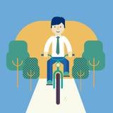 Kerel die een fiets berijden Stock Afbeeldingen