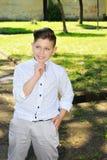 Kerel in het witte overhemd Stock Foto