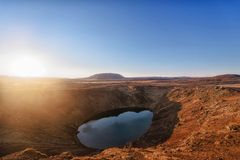 Kerid火山的火山口湖 库存图片