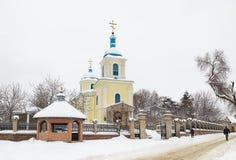 Kerk bij de winter royalty-vrije stock afbeeldingen