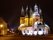 Kerk bij nacht Stock Afbeelding