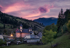 Kerk bij zonsondergang Royalty-vrije Stock Foto