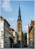 Kerk in Brugge, België stock foto's