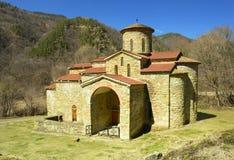 Kerk in de Kaukasus stock afbeelding