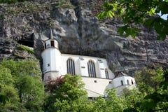 Kerk in de rots Stock Foto's