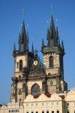 Kerk in de stadsvierkant van Praag royalty-vrije stock afbeeldingen