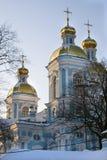 Kerk in de winter Stock Foto's