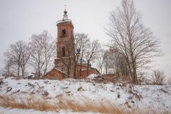Kerk in de Winter Royalty-vrije Stock Afbeeldingen