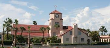 Kerk door het Overzees Stock Fotografie