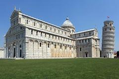 Kerk en Leunende Toren van Pisa Stock Foto