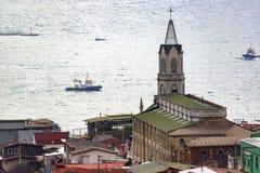 Kerk en Oceaan royalty-vrije stock afbeelding