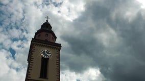 Kerk en van de Wolkentijd Tijdspanne stock videobeelden