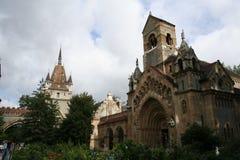 Kerk in het Kasteel Vajdahunjad stock foto