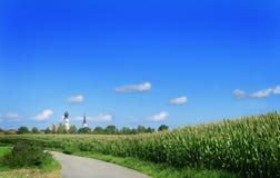 Kerk in het landschap royalty-vrije stock fotografie