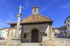 Kerk in het oude dorp van Candelario in Spanje 24 september 2017 Spanje Stock Foto's