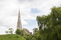Kerk in het park Stock Afbeelding