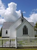 Kerk: historische witte houten kapel Stock Foto