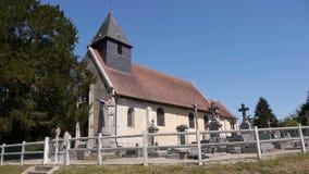 Kerk in Normandië Frankrijk stock footage