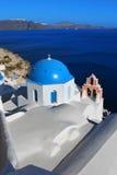 Kerk in Oia Santorini Griekenland Royalty-vrije Stock Foto