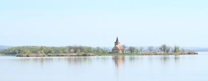 Kerk op eiland Royalty-vrije Stock Foto
