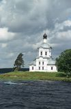 Kerk op eiland Royalty-vrije Stock Afbeeldingen