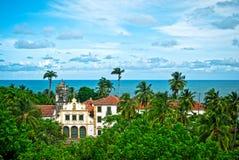 Kerk in tropisch dorp royalty-vrije stock afbeeldingen