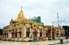 Kerk van Botahtaung-Pagode in yangon Myanmar Royalty-vrije Stock Foto's