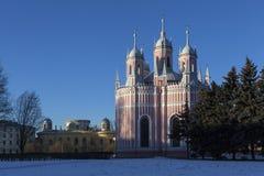 Kerk van de Geboorte van Christus van St John het Doopsgezinde (Cesme) en Chesme-Paleis Heilige Petersburg Stock Foto's