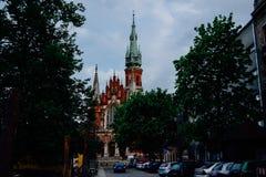 Kerk van de Heilige Drievuldigheid en het Dominicaanse Klooster in Krakau bij Royalty-vrije Stock Afbeeldingen